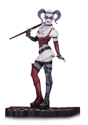 DC Collectibles: Harley Quinn Red, White & Black Arkham Asylum Statue (Numbered Limited Edition)